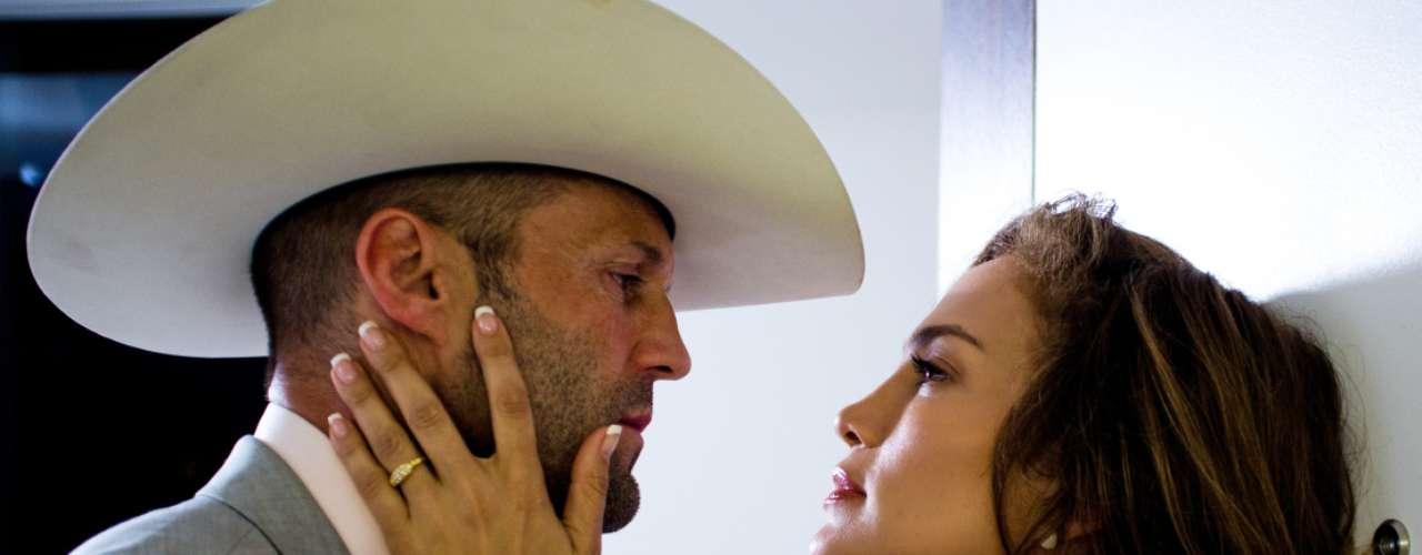 El actor Jason Statham y la bomba latina Jennifer Lopez tampoco tuvieron suerte con 'Parker'. La película recuperó un 49% de su presupuesto (17 millones de dólares de los 35 que costó).