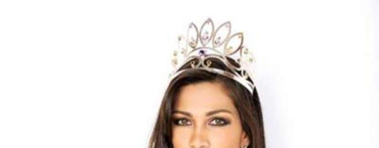 Se llama María Olivia Pinheiro Menacho, tiene 26 años de edad y es una reconocida modelo en su país.