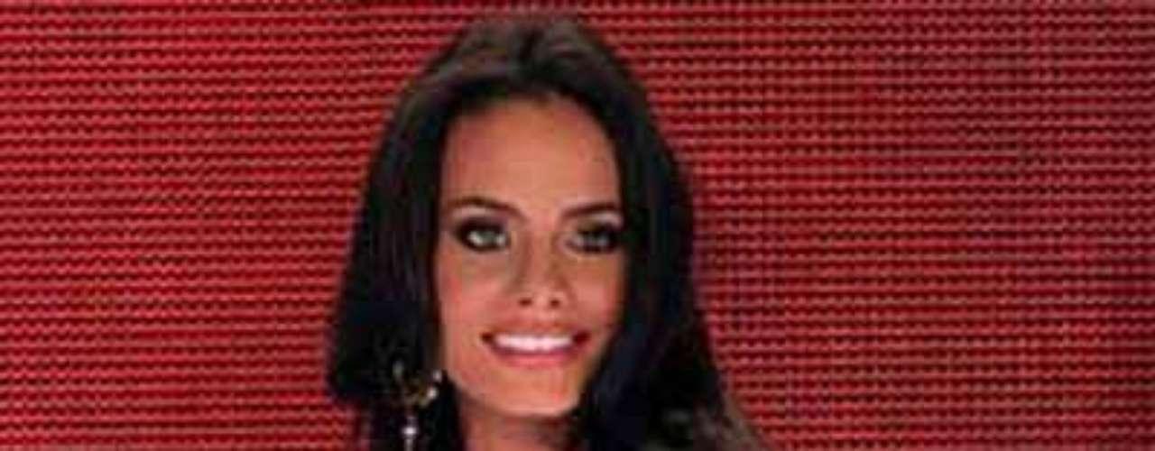 Se llama Dalia Cristina Fernández Sánchez, tiene 21 años de edad y es estudiante de psicología.