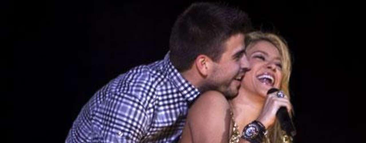 Shakira no defraudó a sus seguidores con la sorpresa que tenía preparada: La presencia de Piqué en el escenario.