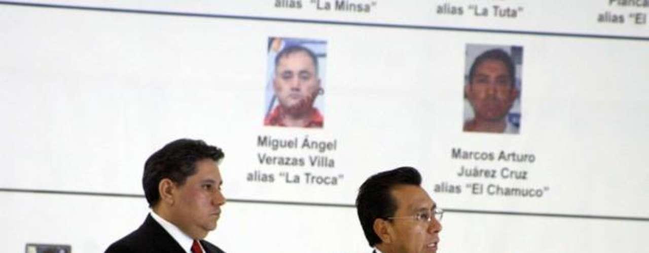 José de Jesús Méndez Vargas, alias 'El Chango Méndez', también conocido como 'El Pastor' o 'Médico' de 50 años, originario del poblado de el Ahuaje, Michoacán, es considerado desde el año 2006 como líder y fundador de la organización junto con Nazario Moreno, alias 'El Chayo' quién murió en un enfrentamiento con la Policía Federal el 9 de diciembre del 2010.