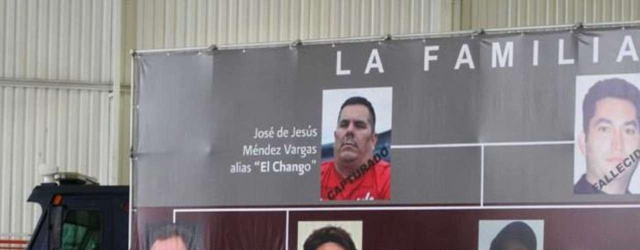 Luego de la detención de 'El Tísico' en 2004, 'El Chango' regresó a Michoacán donde se distribuyó las plazas con 'El Chayo', y en 2006 dieron a conocer la organización de La Familia Michoacana. Dos años más tarde, La Familia rompió su relación con Los Zetas, con quienes iniciaron una disputa por la plaza de Lázaro Cárdenas, Michoacán.