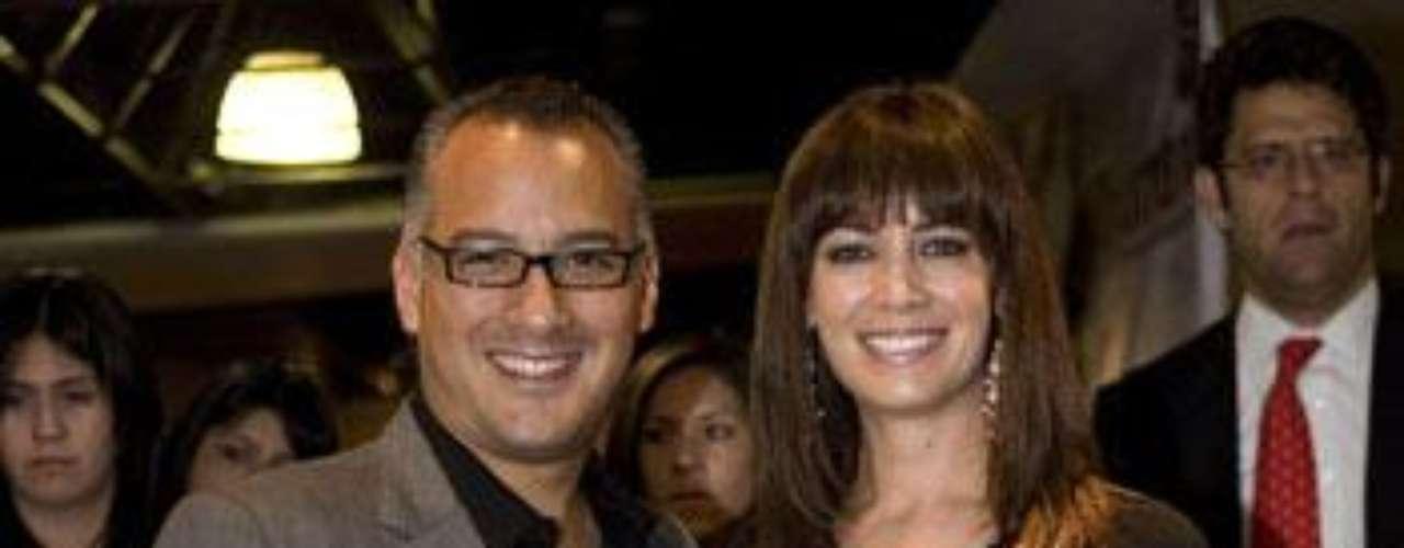 Matrimonio: Gregorio Jiménez y Anette Michel.