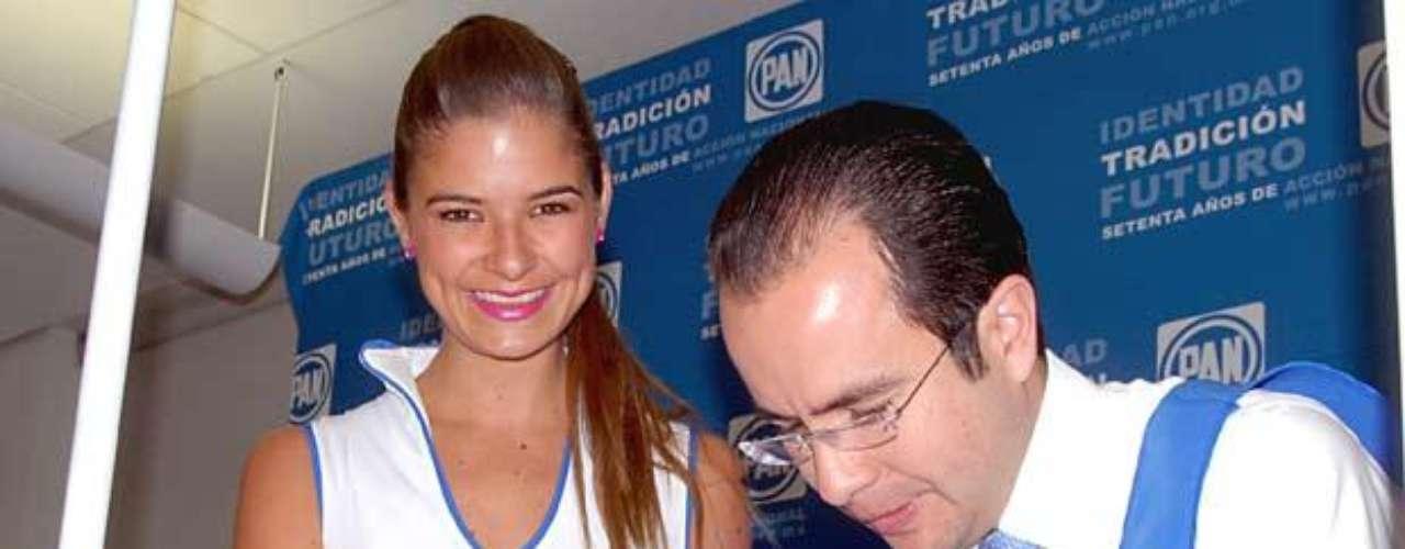 Matrimonio: César Nava y Patylu.