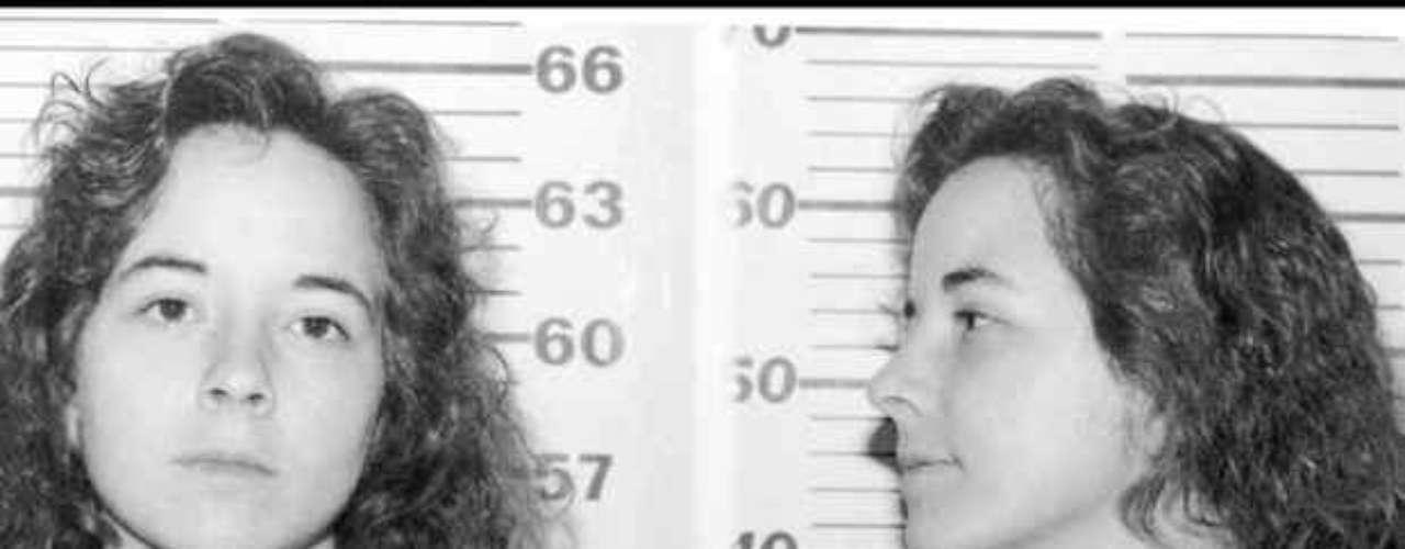 Susan Leigh Vaughan Smith fue condenada a cadena perpetua el 22 de julio de 1995 por el asesinato de sus hijos, de 3 años y 14 meses de edad. Evitó la pena de muerte pues su defensa demostró que sufría de problemas de salud mental que deterioraron su juicio.