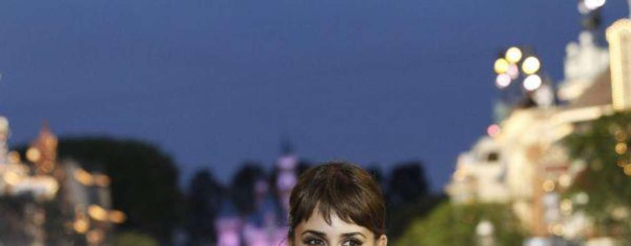 Penelope Cruz poses at the premiere of Pirates of the Caribbean: On Stranger Tides at Disneyland in