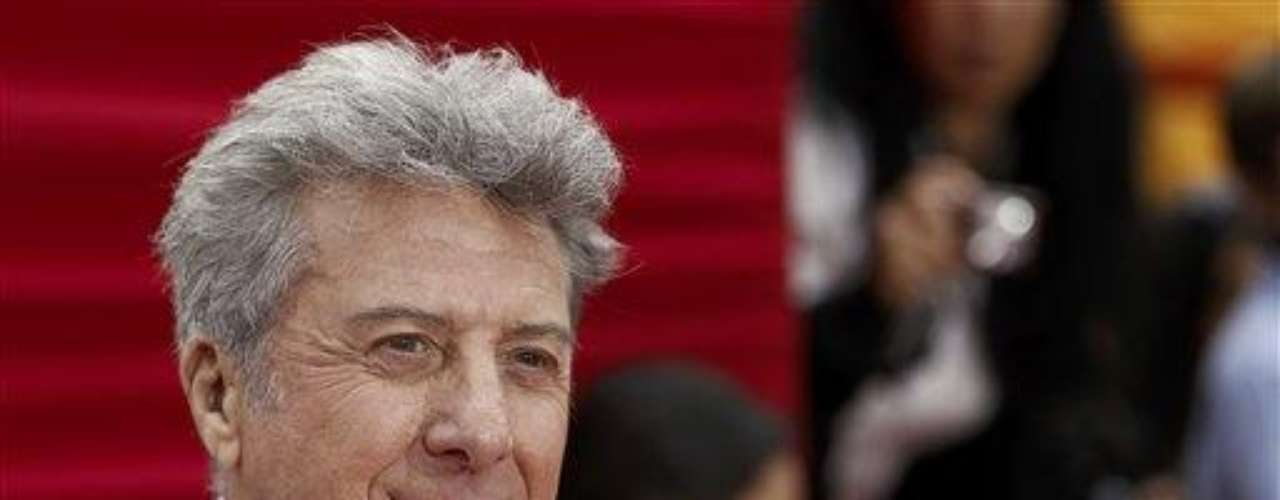 "Cast member Dustin Hoffman arrives at the premiere of ""Kung Fu Panda 2"" in Los Angeles, Sunday, May 22, 2011.  The film opens May 26, 2011. (AP Photo/Matt Sayles)"