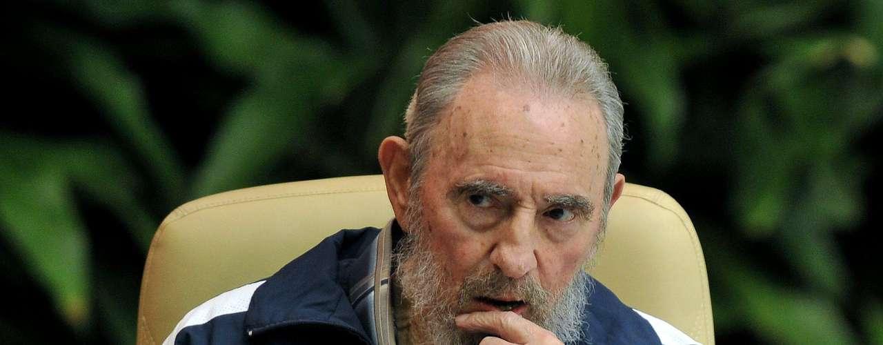 En el 2008, dijo que Fidel Castro no llegaría vivo al 2009.