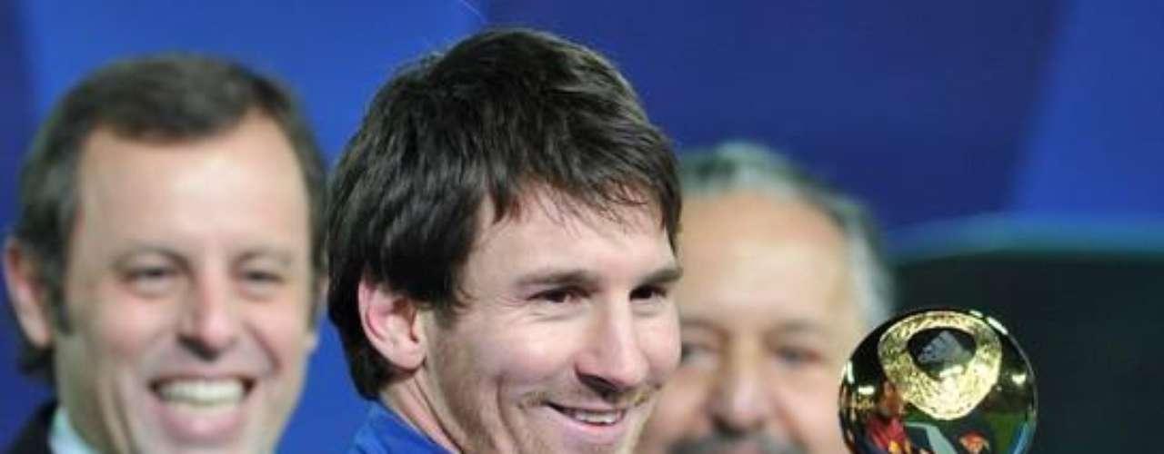 Sólo en la temporada 2010-11 anotó 53 goles en 55 partidos.