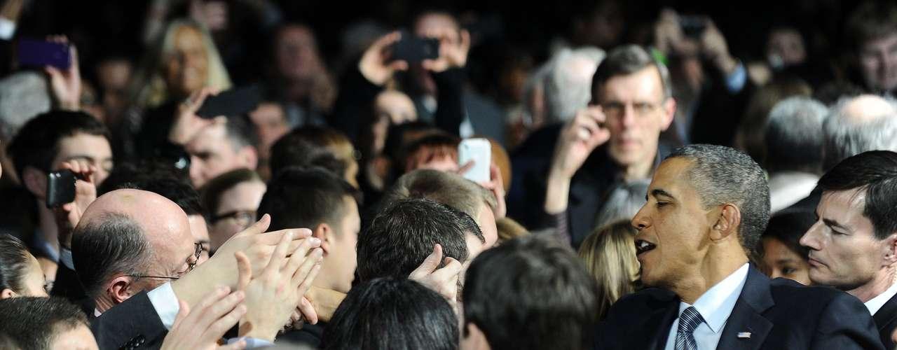 """""""En muchas ocasiones cuando vemos una foto o imágenes de los candidatos a la presidencia nosotros naturalmente le añadimos significado\"""