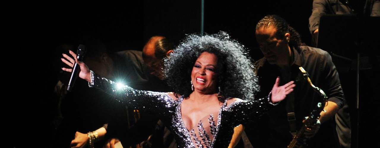 La excelente melodía de Diana  Ross 'Upside Down',  fue pensada para proyectar la carrera de Aretha Franklin, a ella no le pareció muy convincente el tema y fue Diana la encargada de convertirla en un gran clásico.