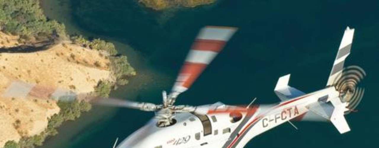 Bell Helicopter Textron. Factoría estadounidense de helicópteros, cuya sede está en Fort Worth, Texas. La división de Textron, denominada Bell, fabrica helicópteros en Estados Unidos.