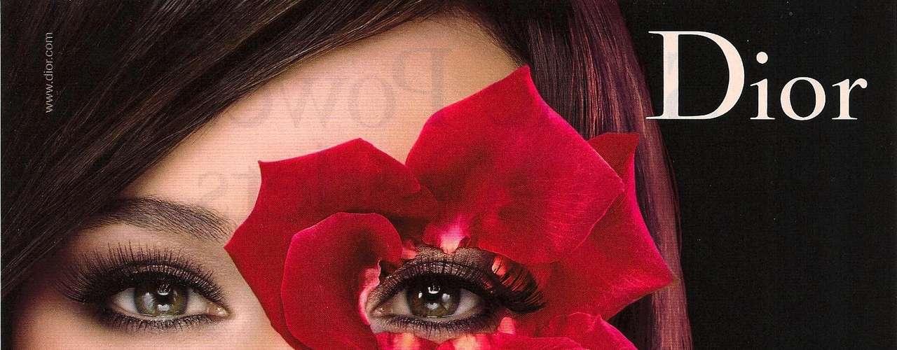 Christian Dior (maquillaje). Su fundador fue un influyente diseñador de moda. A la fecha, Dior es una de las marcas de lujo más representativas de los últimos 60 años.