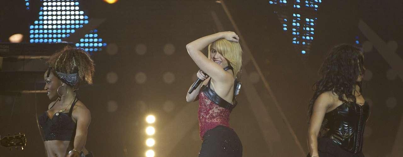 Shakira impuso su reinado musical, midiendo 1,56 m.