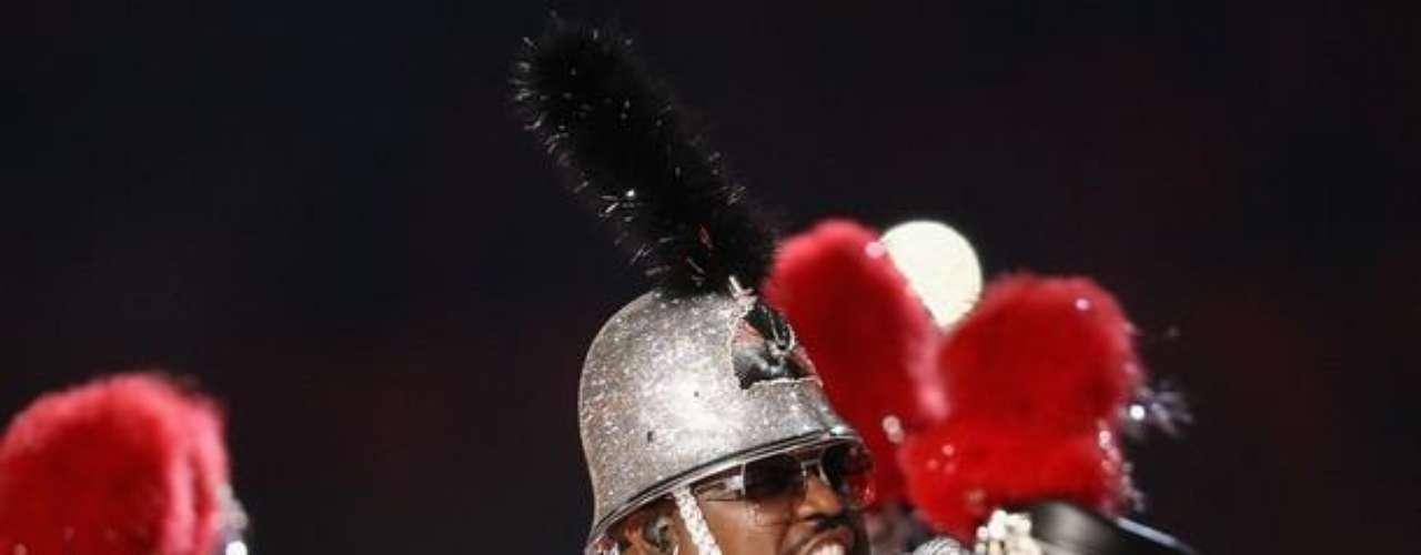 Cee Lo Green fue otro de los artistas que cantó en el Super Bowl