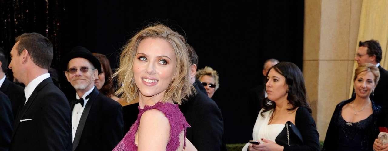 Scarlett Johansson, en el puesto N° 6, a sus 27 años, es una de las famosas más deseadas del mundo y no fue la excepción en este sensual ranking de celebridades