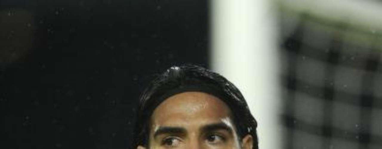 Falcao García gana aproximadamente 400.00 euros mensuales con el Atlético de Madrid.