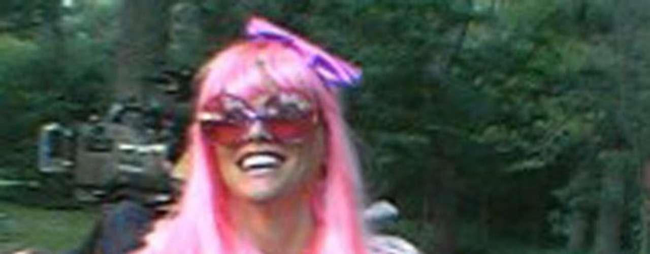 En los inicios de su carrera Anna Nicole Smith posó en Playboy, donde incluso fue nombrada la playmate del año en 1993. Años después se alejaría de los desnudos, aunque no de los escándalos.