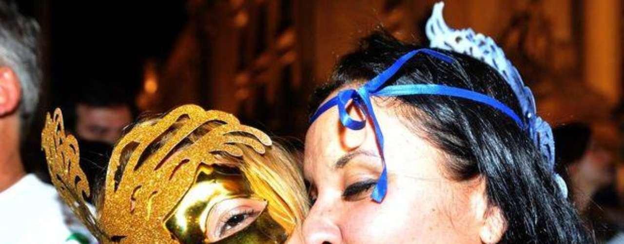 Las originales máscaras se trasladaron hasta las calles de Rio en la noche del jueves