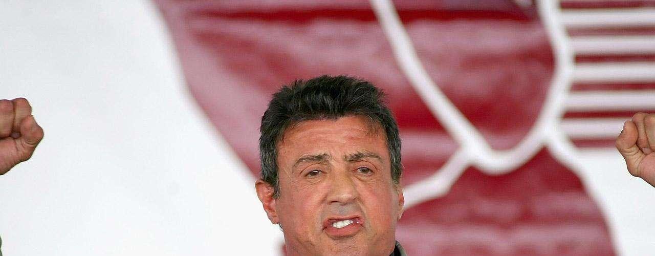 El hijo de Sylvester Stallone se llama Moonblood. Sí, algo así como 'luna sangrienta' (en una traducción libre). Sin palabras.