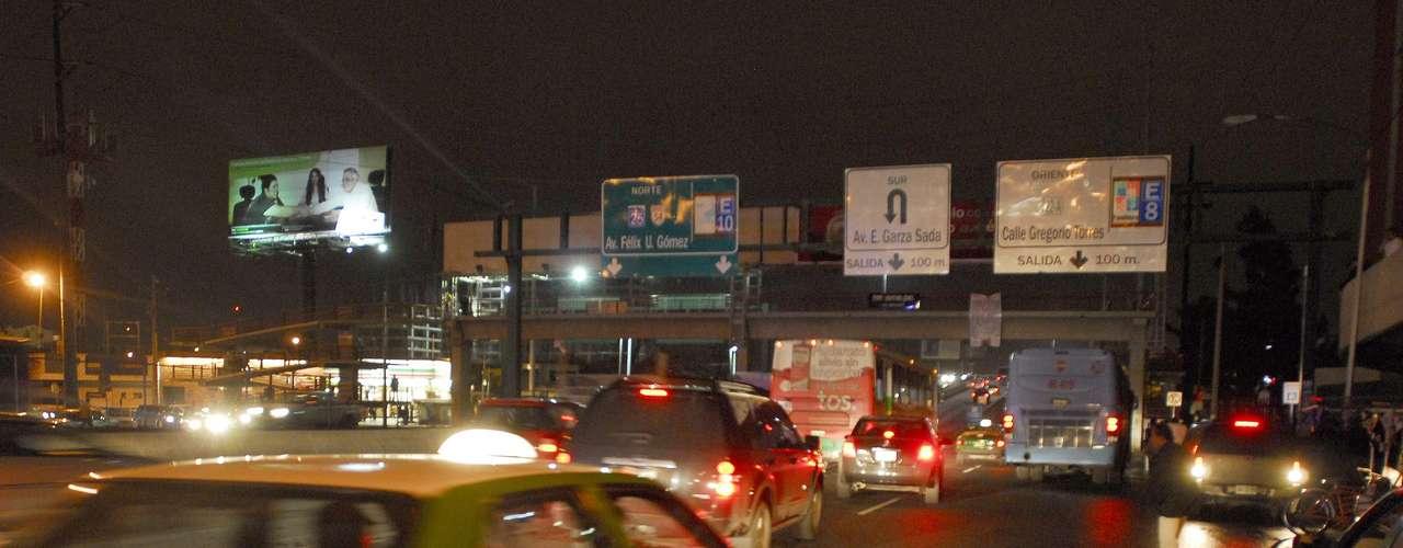 La dirigencia nacional y estatal del PRI expresaron su apoyo al gobernador Rodrigo Medina ante los señalamientos en narcomantas.