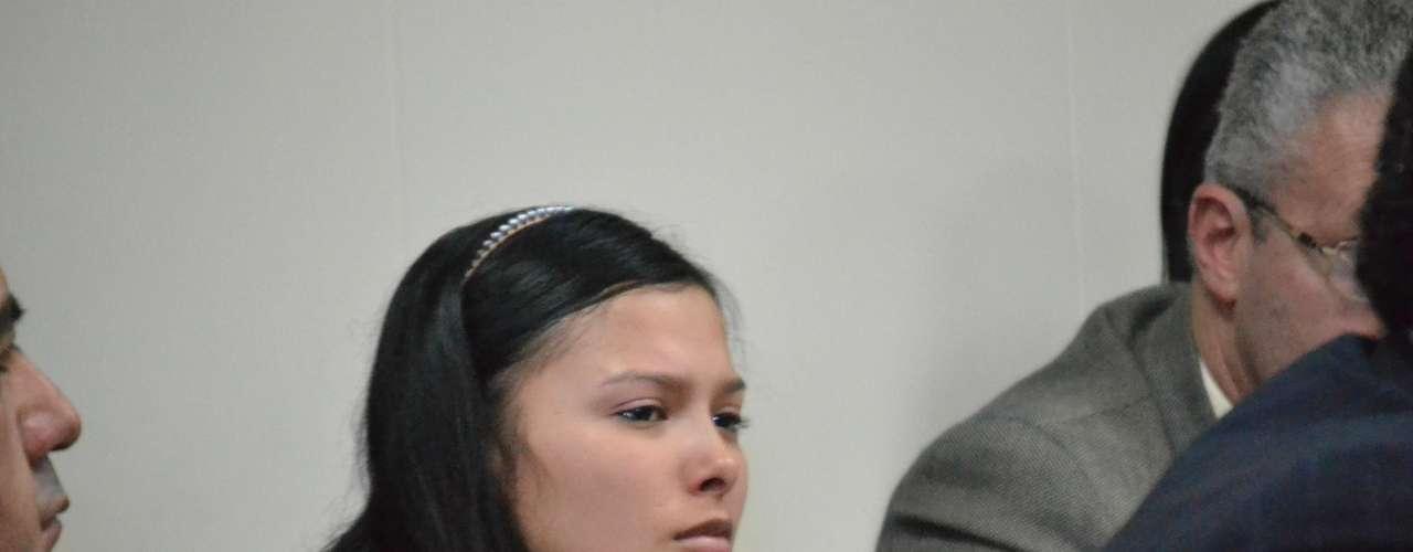 Un atropellado comienzo ha tenido el juicio contra Laura Moreno y Jessy Quintero, debido a la gran afluencia de público por el interés general que ha despertado la muerte de Luis Andrés Colmenares. La audiencia fue aplazada para el 12 de marzo.