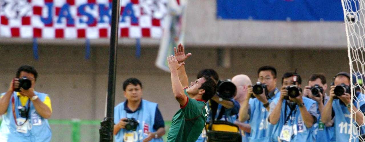 Cuauhtémoc Blanco hizo gol de penal ante Croacia en el Mundial de Corea-Japón 2002. Con esa anotación México ganó 1-0.