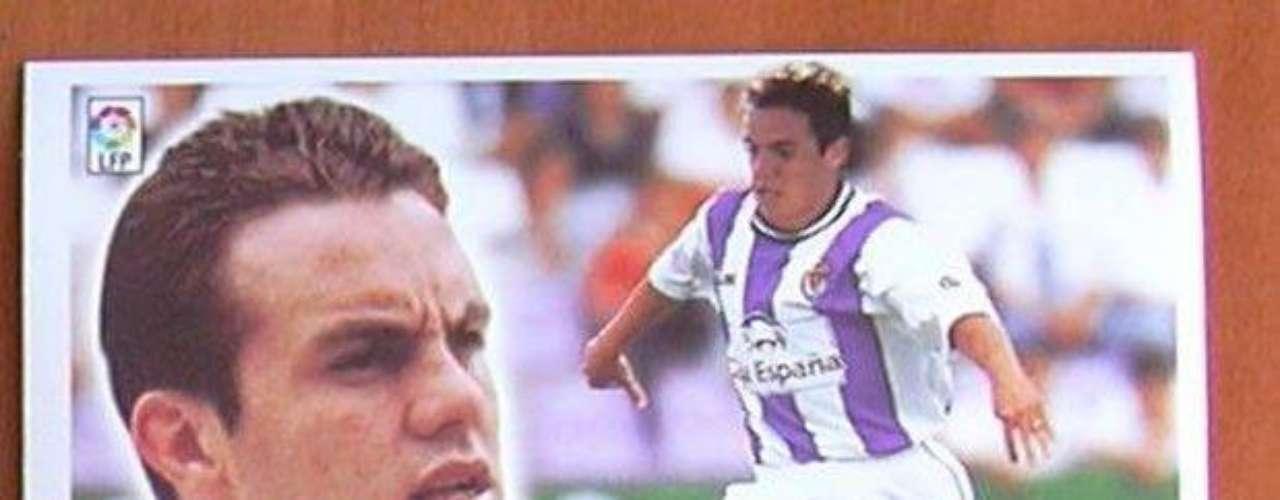 Valladolid le abrió las puertas del futbol de España a Cuauhtémoc Blanco del 2000 al 2002. No tuvo éxito. Como anécdota destacó un gol que le hizo a Real Madrid de tiro libre y que significó que el equipo no cobrará un premio económico, ya que habían apostado a que perdían el juego.