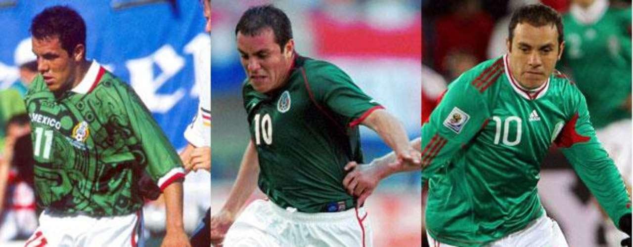 Cuauhtémoc Blanco jugó tres Mundiales con México: Francia 1998, Corea-Japón 2002 y Sudáfrica 2010.