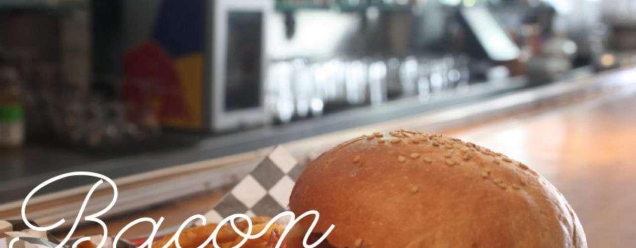 Cada mes Barracuda Dinner crea un menú especial para ofrecer un aire nuevo a sus comensales asiduos. Hay bebidas, comida y postres que sólo tendrás oportunidad de probar durante un corto tiempo.