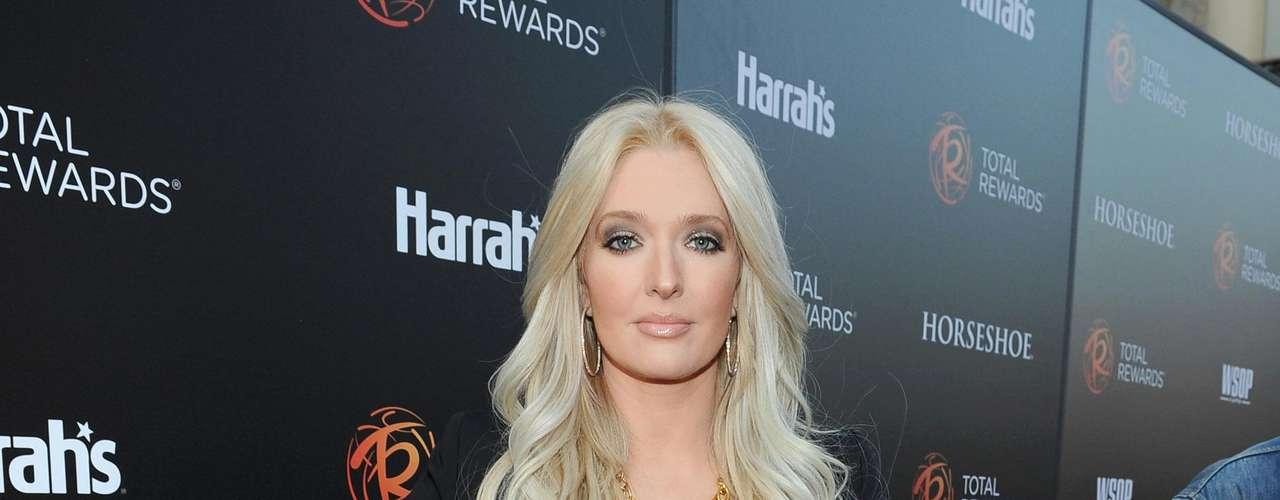 Erica Jayne: Al principio del 2011 la revista de In Touch reportó que Bush estaba comenzando algo con una cantante llamada Erica Jayne.