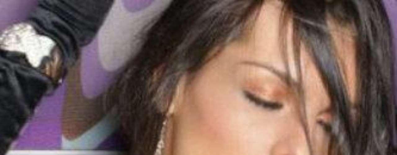 Danna Sultana es una modelo y bailarina nacida en Medellín. Es reconocida a nivel nacional por sus actuaciones en múltiples escenarios a nivel nacional. Se presentó en 'Colombia tiene talento' imitando a Britney Spears,  pero también hace personajes como Lady Gaga, Shakira, Rihanna, entre otras.  Su parecido con la presentadora Carolina Cruz es evidente y desde que las dos se conocieron se volvieron muy buenas amigas. Estas son las mejores fotografías de Danna publicadas en su cuenta oficial de Twitter.