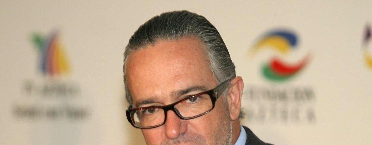 En la posición 37 de Forbes está Ricardo Salinas Pliego con 17,400 mdd (medios, telecomunicaciones, ventas, servicios financieros).