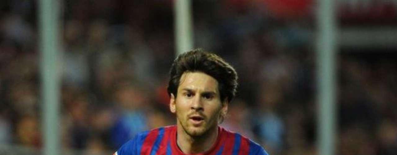 Lionel Messi, con su habilidad, abrió el marcador a favor del Barcelona. El argentino definió de nuevo como los grandes.