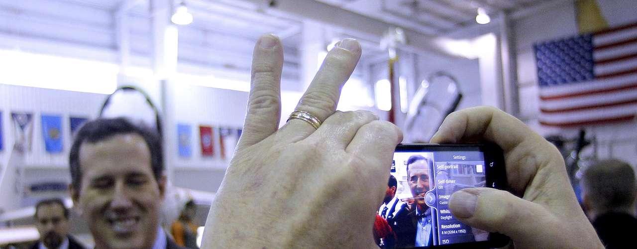 Alabama. Santorum ganó con 35%, Gingrich ontuvo un 29%, Romney 29% y Paul 5%.
