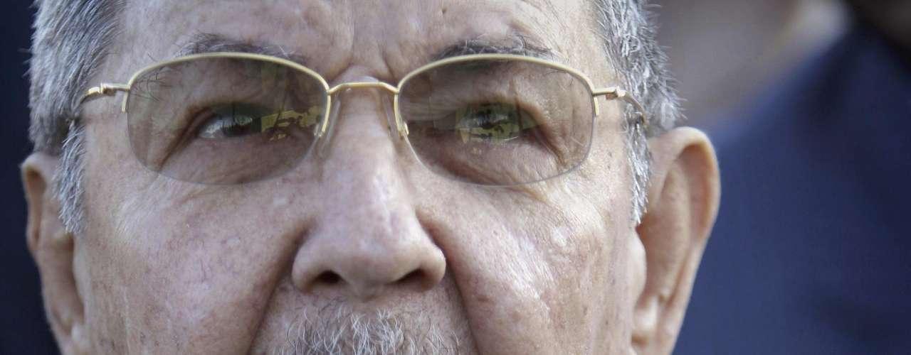 Con una oposición interna dividida, Raúl encuentra la verdadera resistencia en la \