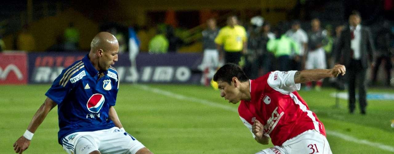 Juan Esteban Ortíz tuvo un partido bastante regular, mientras que, el boliviano Cabrera de Santa Fe se despachó con el cuarto gol