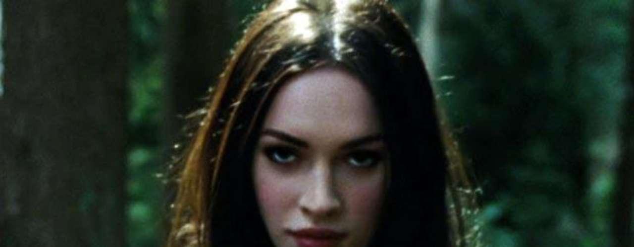 Un supuesto topless de Megan Fox en 'Diabólica Tentación' fue el combustible que movilizó la promoción de la película.
