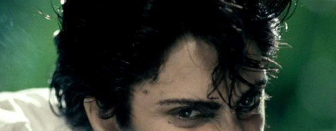 Gaga apareció de lo más masculina interpretando a su alter ego \