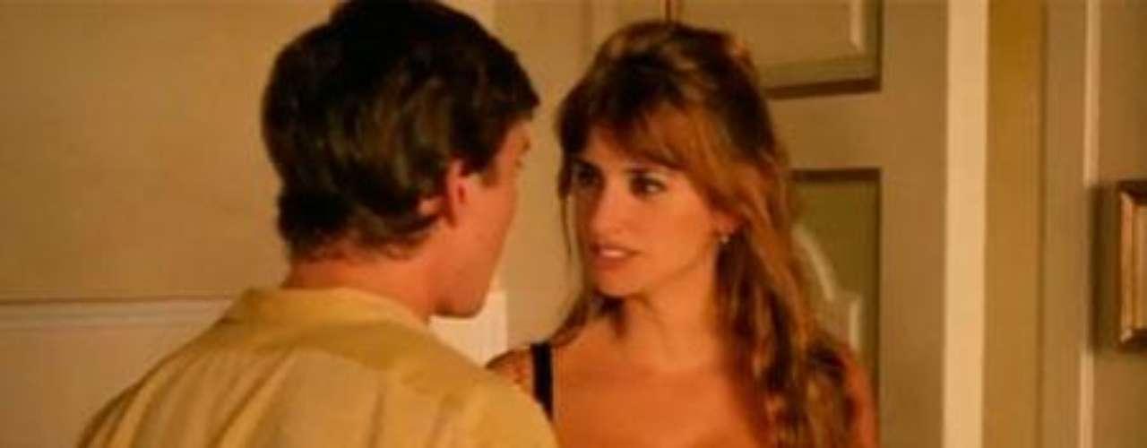 En la película 'To Rome with Love' aparede Penélope Cruz en una de las cuatro historias entrelazadas