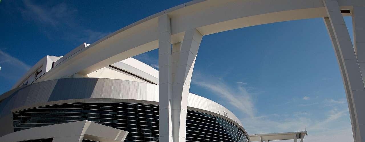 El nuevo estadio generó dinero para que Miami invirtiera fuerte en la agencia libre con peloteros como José Reyes y Mark Buehrle.