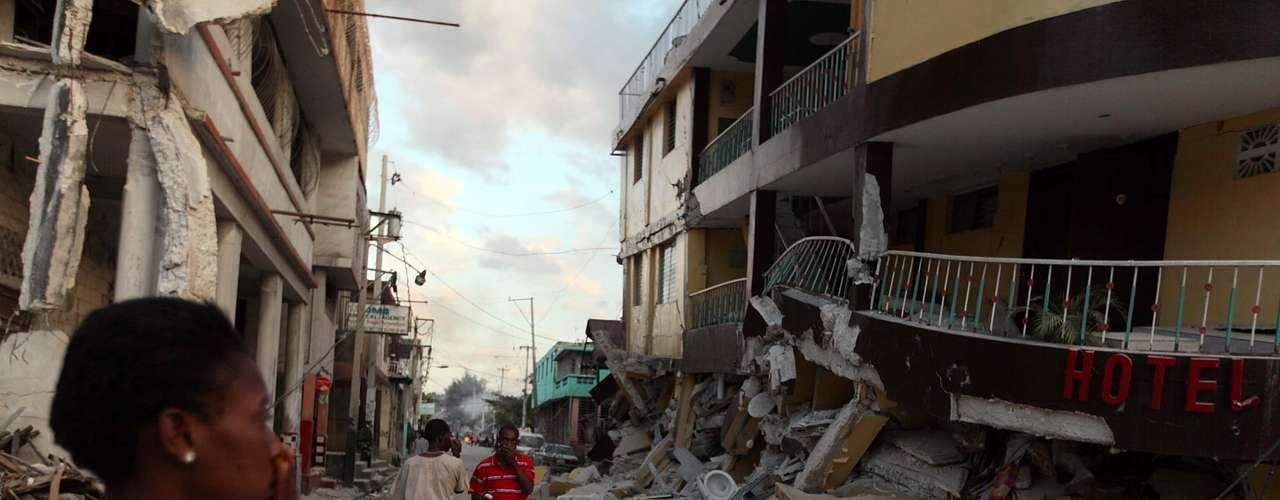 Terremoto de Haití- En el año 2008 durante una entrevista telefónica radial en Colombia predijo que entre finales de 2009 y principios de 2010 ocurriría un gran terremoto en Haití. El 12 de enero de 2010 ocurrió el sismo de 7,0 grados de magnitud.