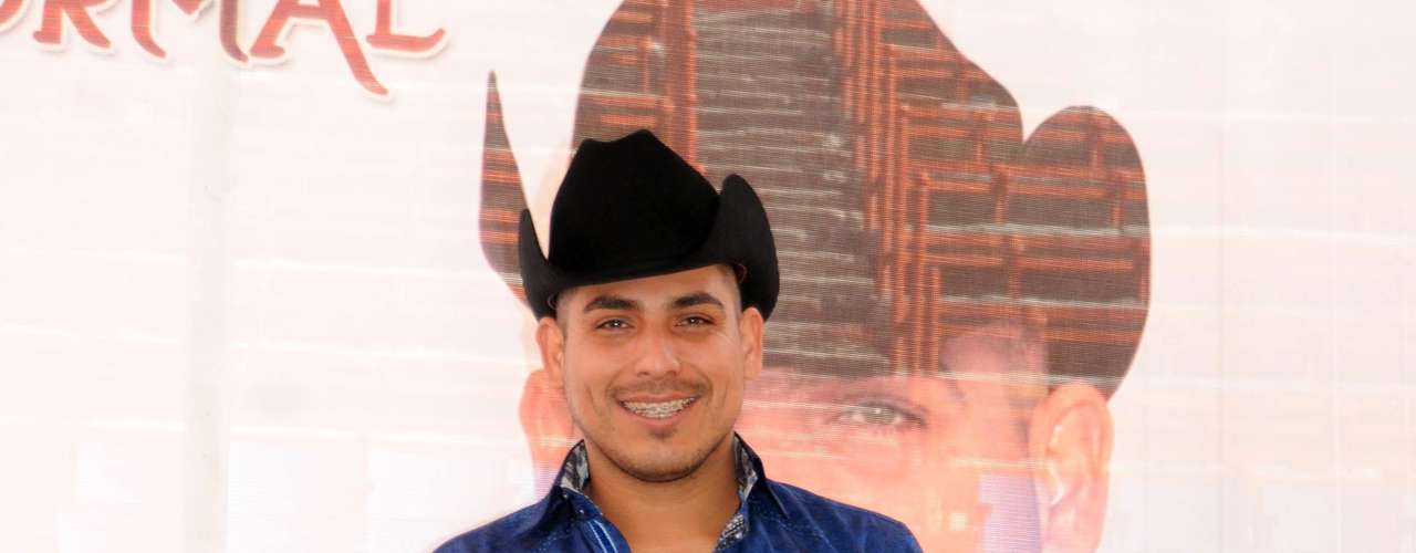 Varios medios reportan que Espinoza Paz será papá por segunda ocasión.