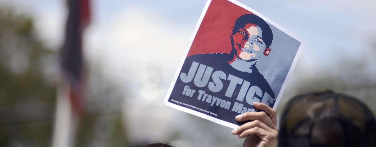 Mientras la investigación de la Fiscalía continúa, los actos de protestas siguen sucediéndose, especialmente en Sanford, la localidad del centro de Florida donde ocurrieron los hechos.