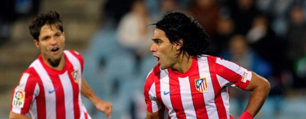 En la fecha 31 de la Liga volvió a aparecer en el marcador anotando el tercero y definitivo sobre el Getafe en la victoria 3-0. Falcao así completó sus 20 goles en la Liga y desde la fecha 12 había superado a Adolfo El Tren Valencia quien había marcado seis goles en 24 partidos con el Atlético