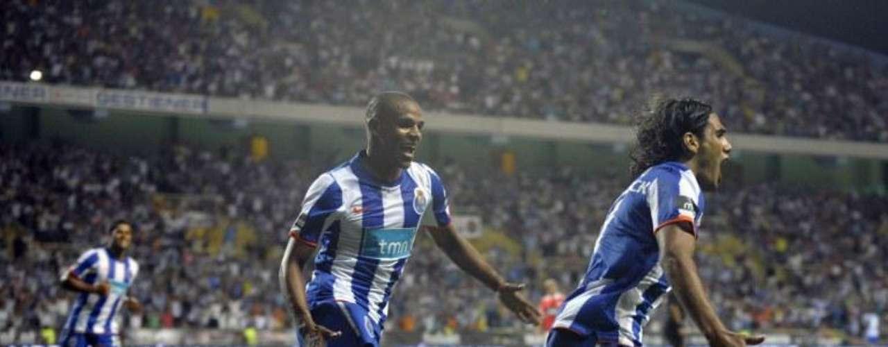 En la Supercopa de Portugal marcó para luego celebrar por el título