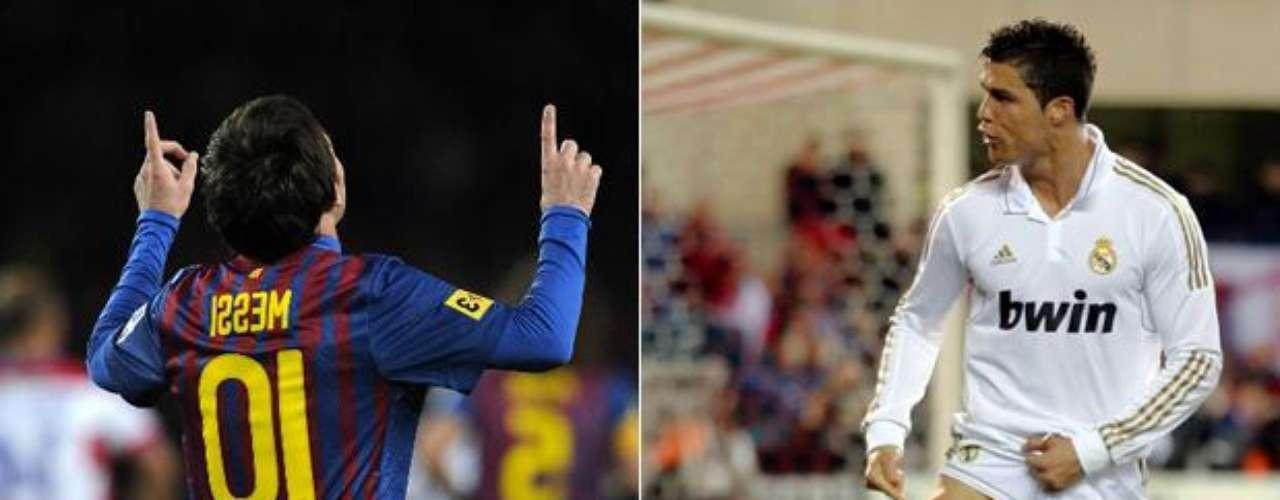 Lionel Messi y Cristiano Ronaldo disputan el botín de oro en la Liga española, el argentino lleva 39 goles una menos que el portugués. Los dos hacen historia en el fútbol español