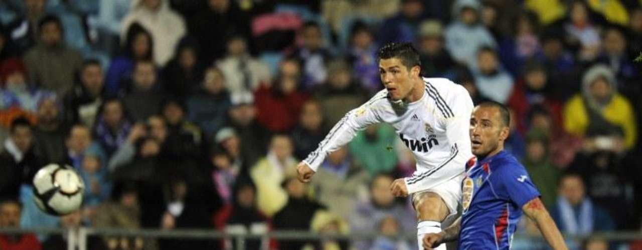 Los delanteros del Real Madrid y el Barcelona, marcan la historia del fútbol mundial y rompen récords cada vez que pueden marcar goles