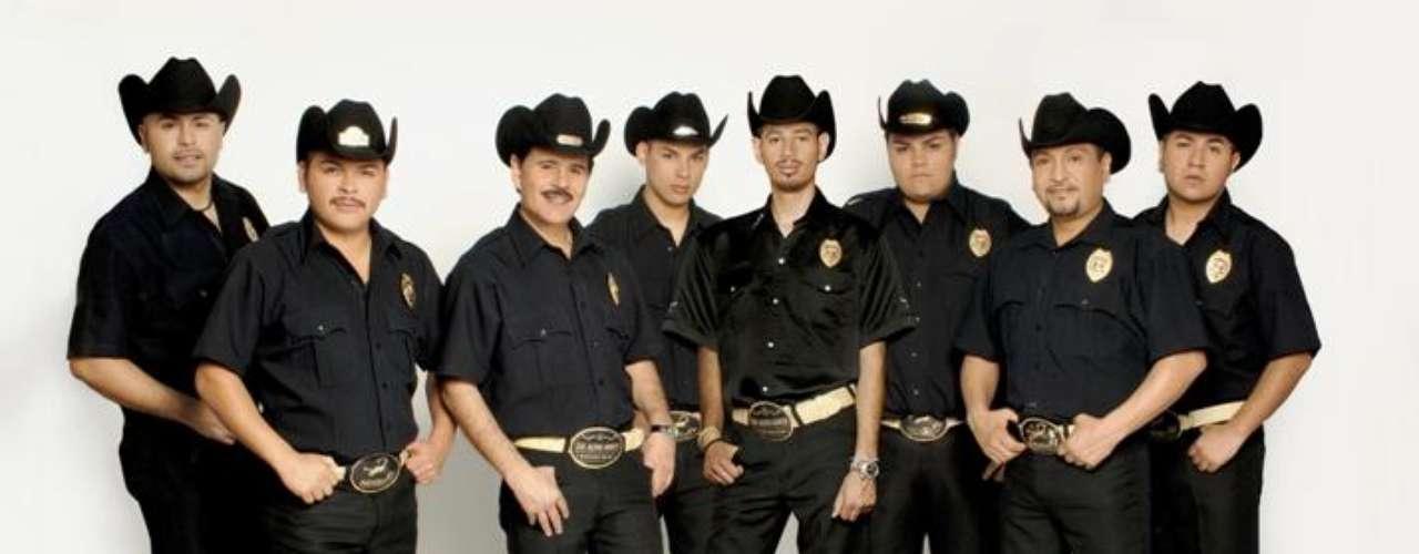La agrupación patrulla 81 no se separa. Mediante un comunicado de prensa sus intregrantes informaron que están mas unidos que nunca, trabajando en lo que será su nuevo disco.
