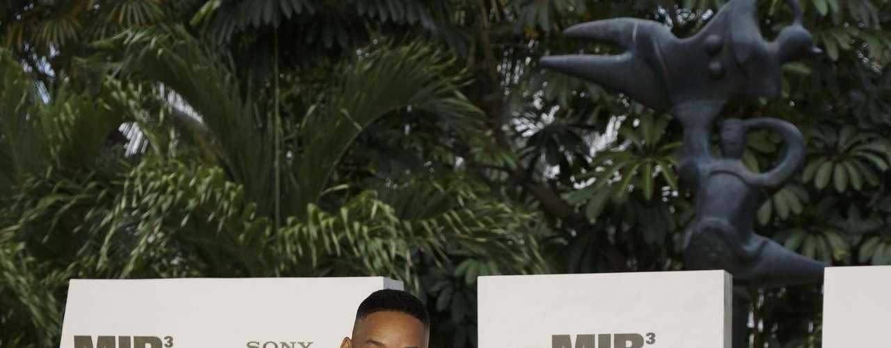 Will Smith y Pitbull en la presentanción de 'MIB 3' en Cancún. Pitbull aprovechó para cantar el tema de la película que está a su cargo y en vivo. ¡Dale!